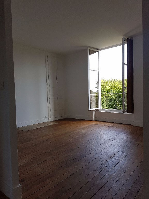 Rental apartment St germain en laye 2310€ CC - Picture 1