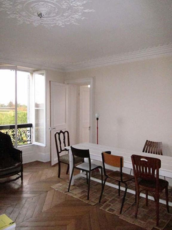 Rental apartment St germain en laye 2885€ CC - Picture 2