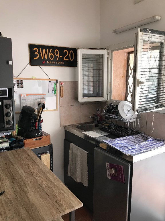 Alquiler  apartamento Vidauban 290€ CC - Fotografía 1