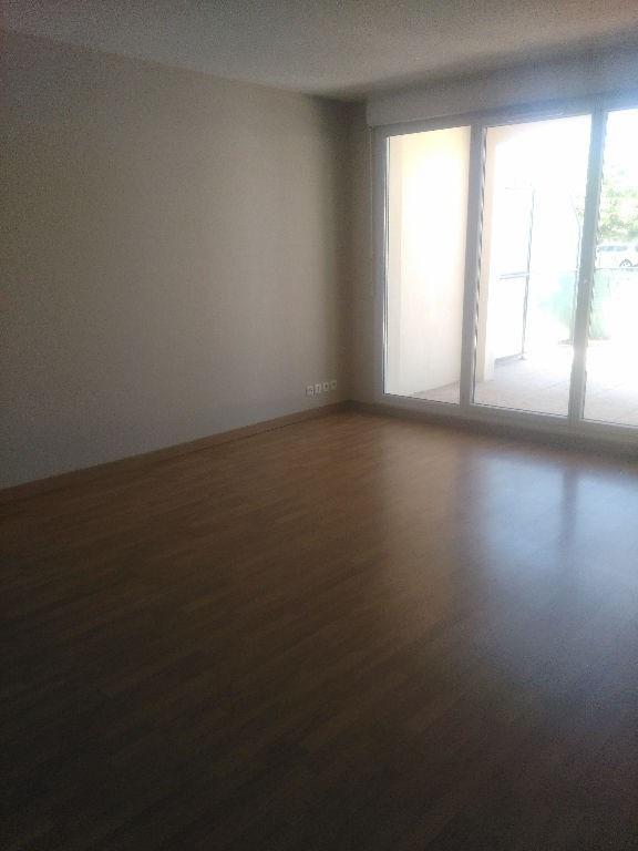 Rental apartment Cugnaux 635€ CC - Picture 5
