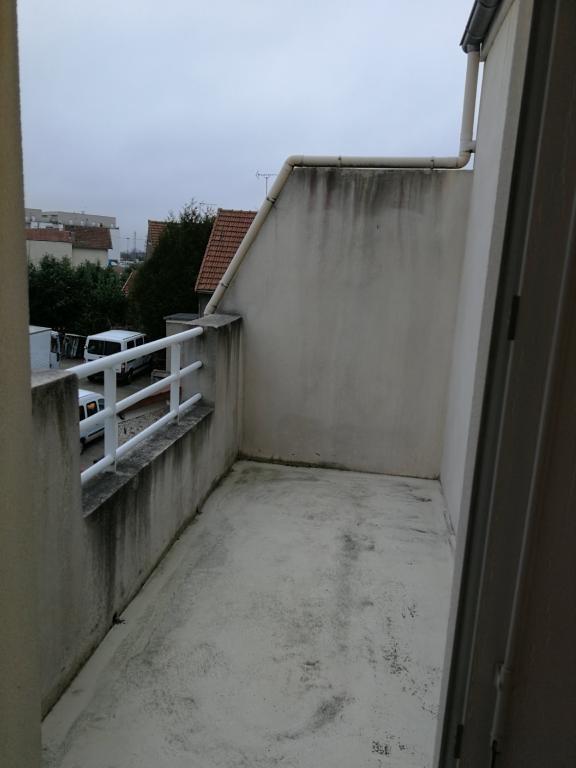 Rental apartment Arpajon 651€ CC - Picture 5