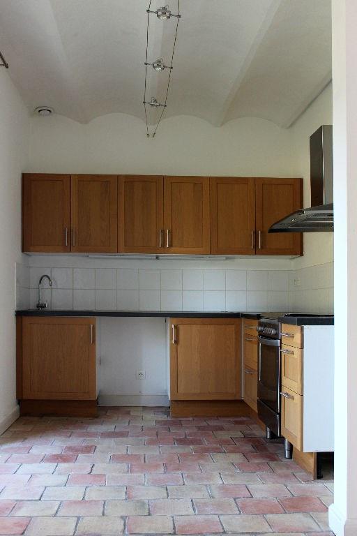Location maison / villa Rognes 2250€ +CH - Photo 8