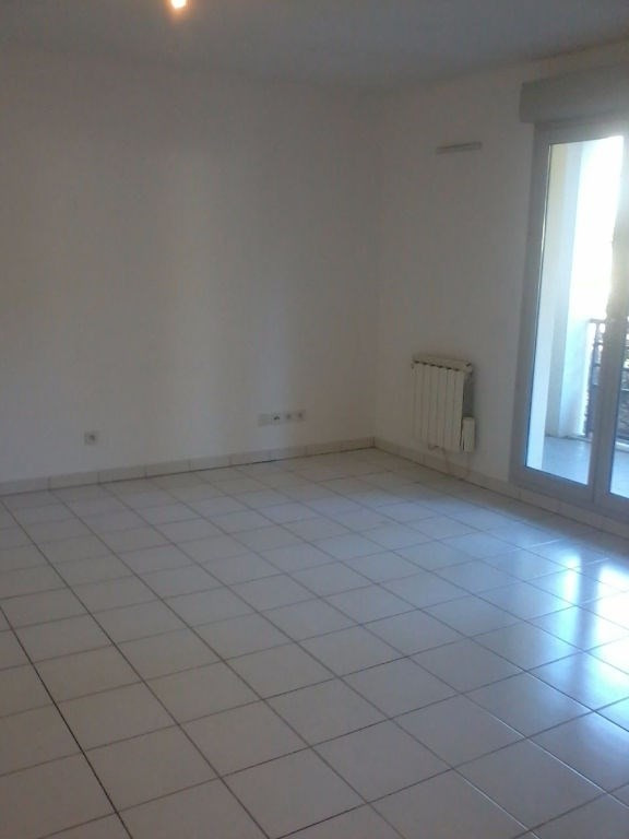 Rental apartment Bourgoin jallieu 491€cc - Picture 2