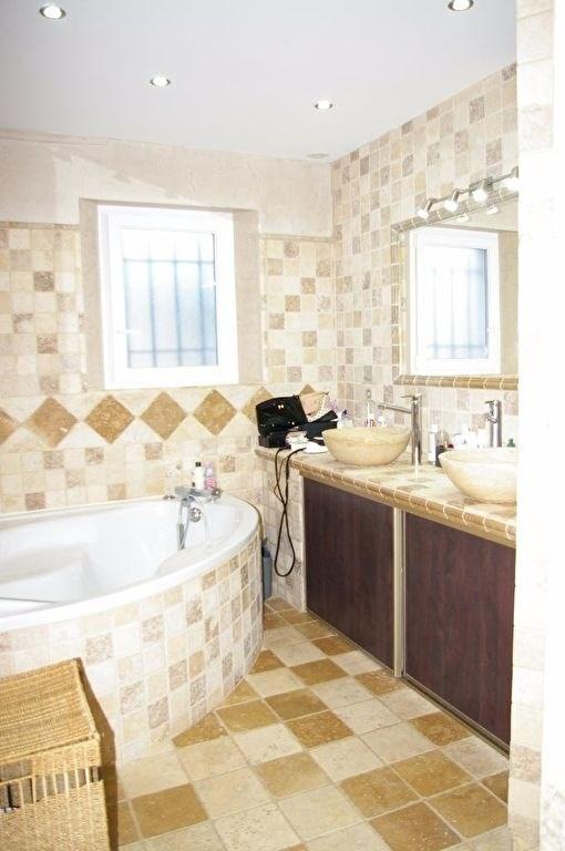 Vente maison / villa Pelissanne 550000€ - Photo 12