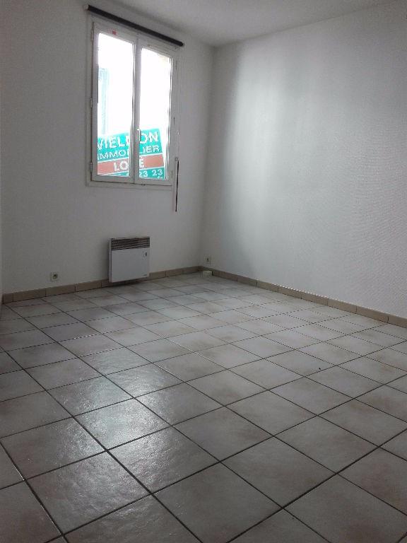 Location appartement Saint germain en laye 850€ CC - Photo 3