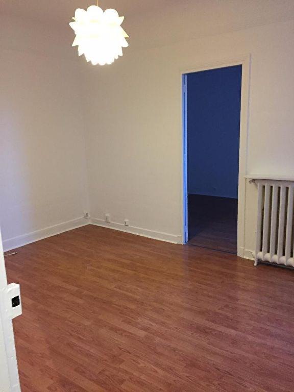 Location appartement Clichy 798€ CC - Photo 1