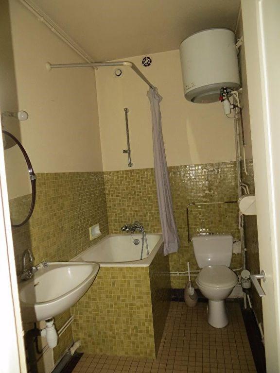 Sale apartment Clermont ferrand 70850€ - Picture 3