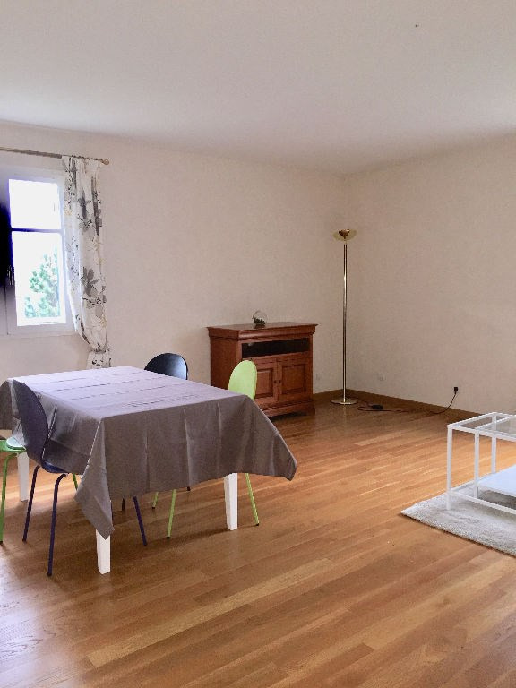 Location appartement Carrieres sous poissy 980€ CC - Photo 2