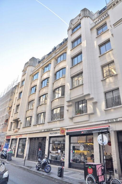 Vente appartement Paris 10ème 810000€ - Photo 2