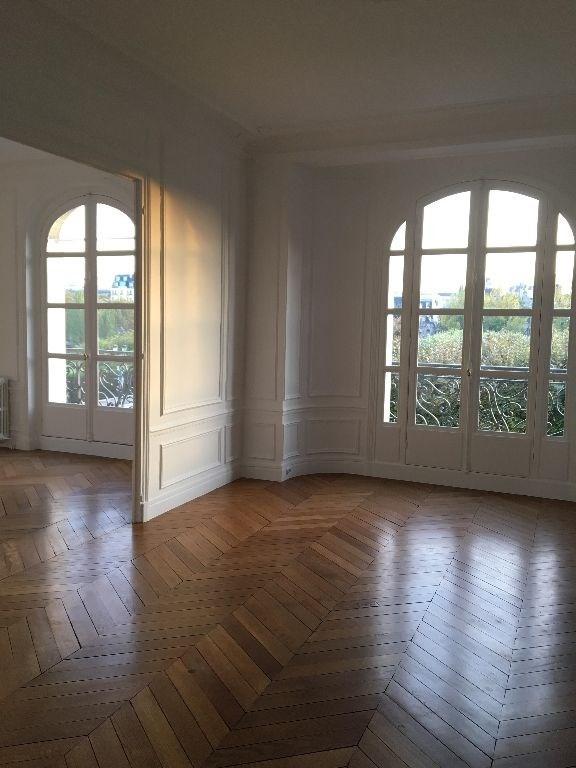 Rental apartment Paris 4ème 4472€ CC - Picture 3
