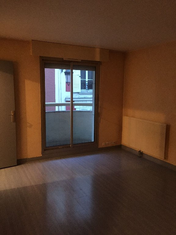 Location appartement Levallois perret 825€ CC - Photo 1