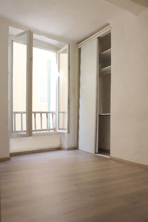 Sale apartment Lambesc 150 000€ - Picture 3