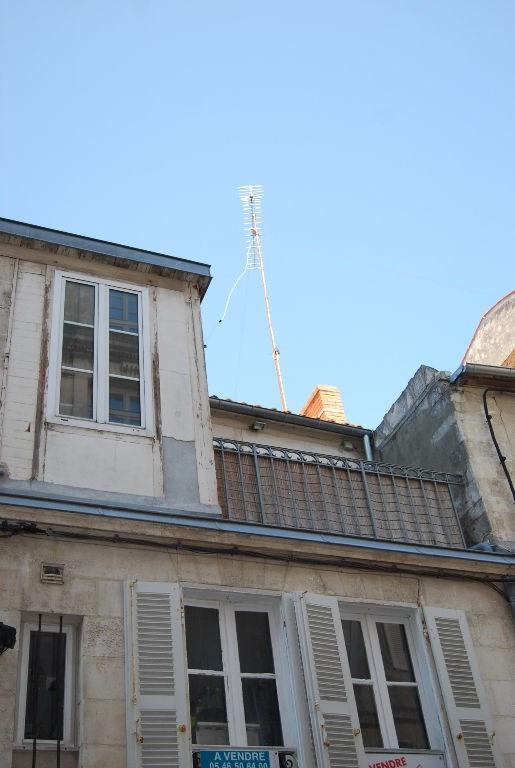 Sale building La rochelle 420000€ - Picture 1