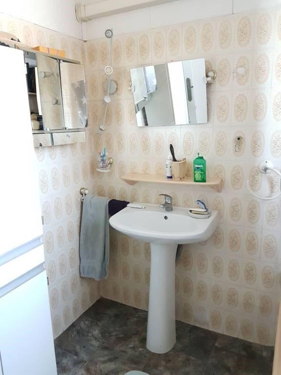Location maison / villa Avignon 730€ CC - Photo 8