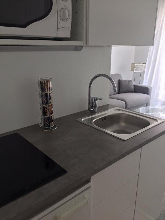 Location appartement Levallois perret 990€ CC - Photo 2