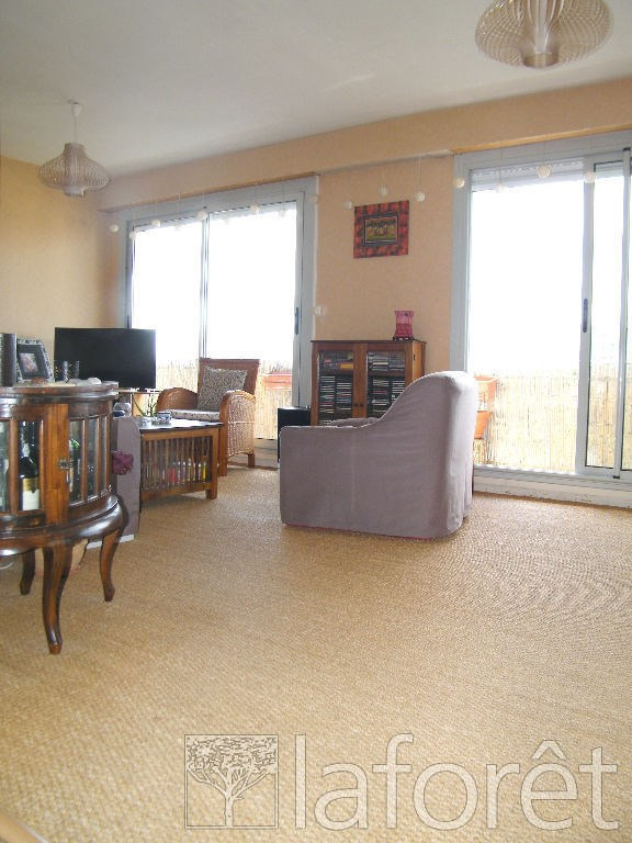 Sale apartment Cholet 138 000€ - Picture 3