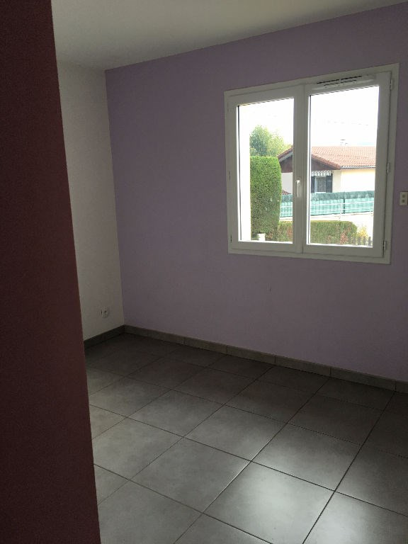 Rental house / villa Bourgoin jallieu 950€ CC - Picture 7
