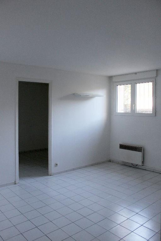 Affitto appartamento Eguilles 950€ CC - Fotografia 2