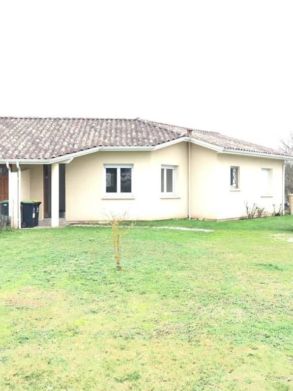Location maison / villa Galgon 617€ CC - Photo 1