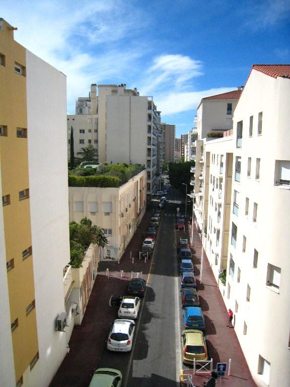 Verkoop  kantoren Toulon 450000€ - Foto 7