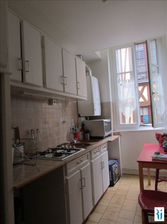 Rental apartment Rouen 660€ CC - Picture 3