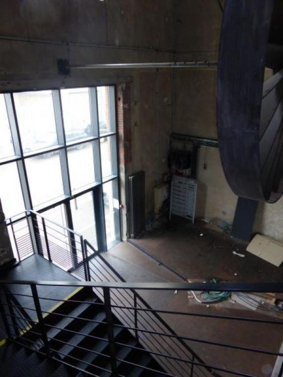 Location local commercial Auxerre 2000€ HC - Photo 6