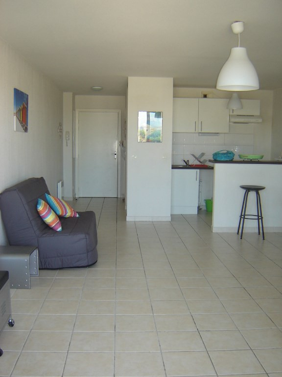 Vacation rental apartment Carnon plage 400€ - Picture 2