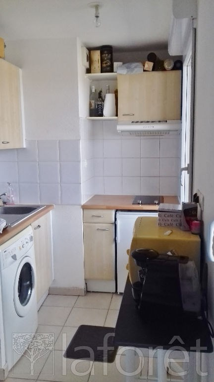 Investment property apartment L isle d abeau 85 800€ - Picture 2