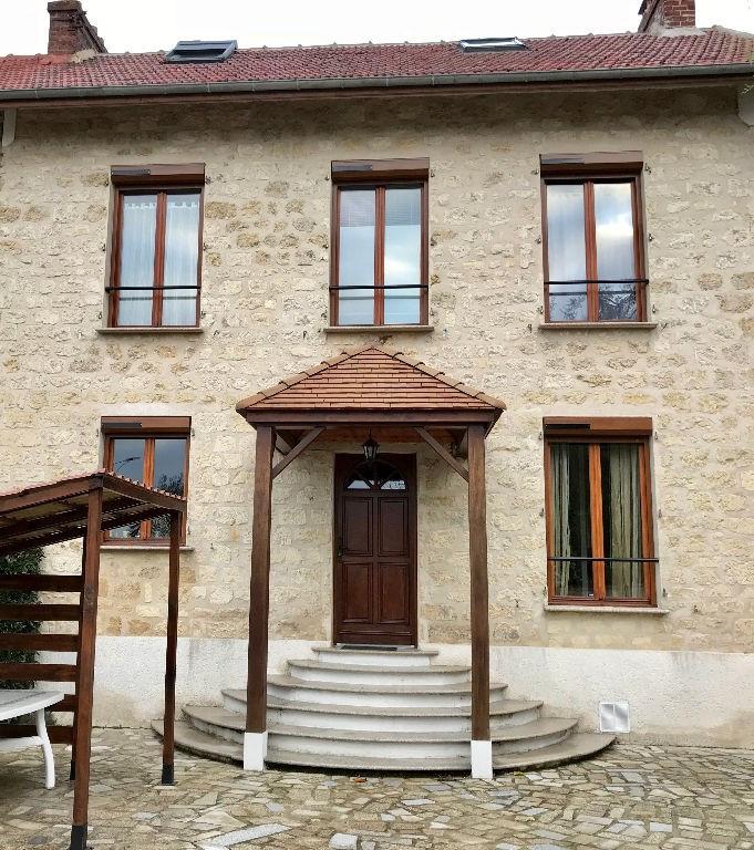 Maison Saint Ouen L'Aumône 6 pièce (s) 110 m²