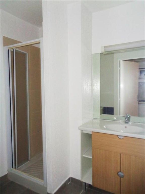 Locação apartamento Toulon 450€ CC - Fotografia 3