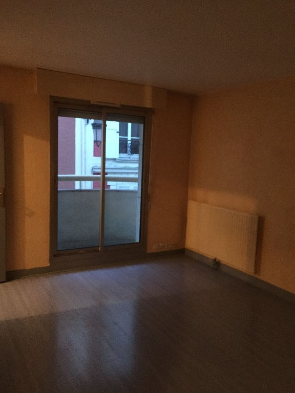 Location appartement Levallois perret 825€ CC - Photo 2