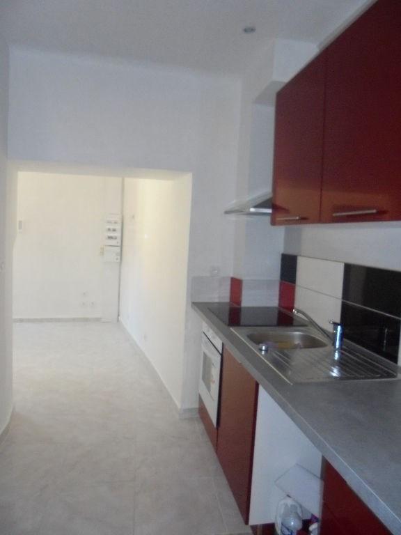 Alquiler  apartamento Lorgues 650€ CC - Fotografía 2
