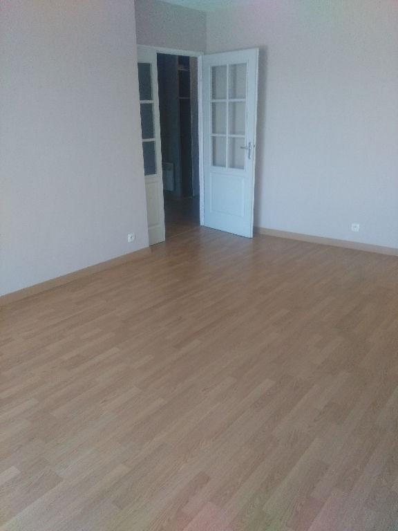 Rental apartment Cugnaux 635€ CC - Picture 1