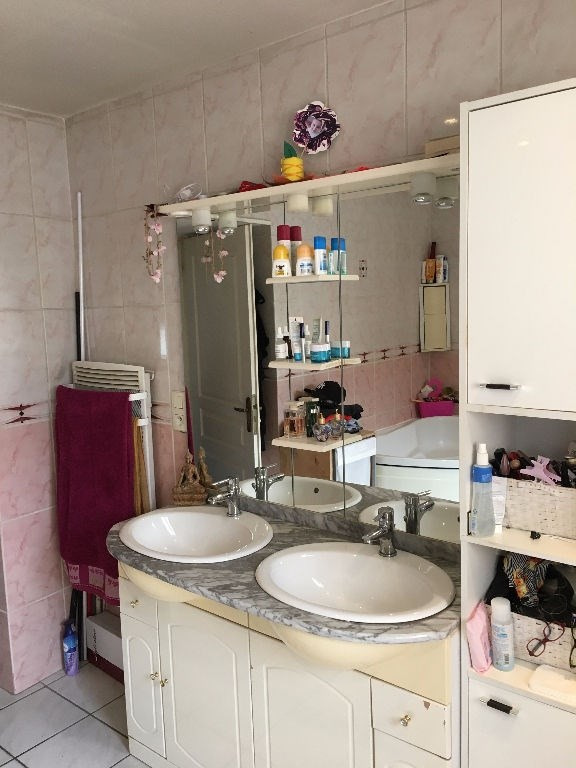 Sale apartment La cote saint andre 129 000€ - Picture 8