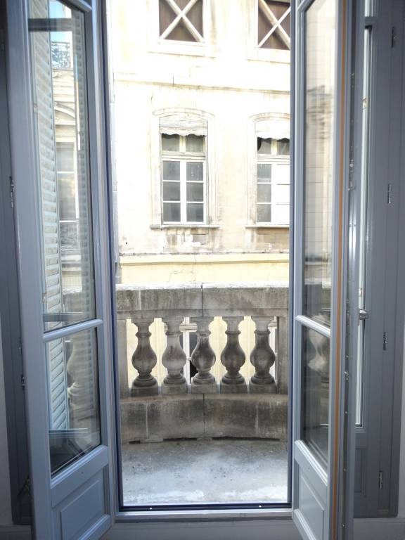 Rental apartment Avignon 781€ CC - Picture 2