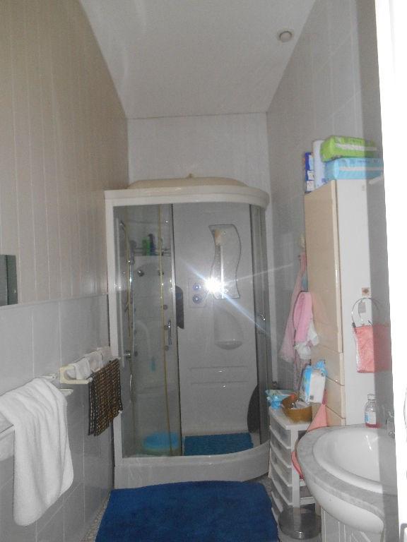 Sale house / villa Secteur la brede 198000€ - Picture 5