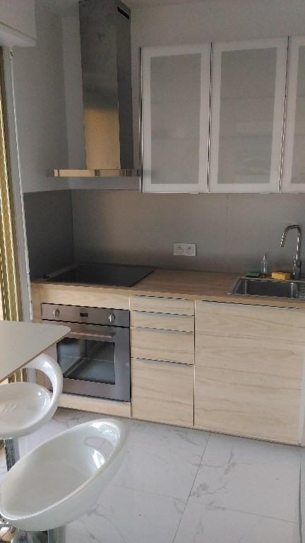 Location appartement Antibes 850€ CC - Photo 5