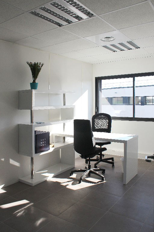 Location bureau Eguilles 350€ +CH - Photo 1