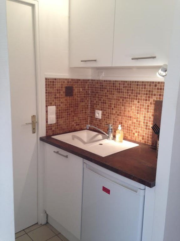 Location appartement Paris 15ème 1058€ CC - Photo 6