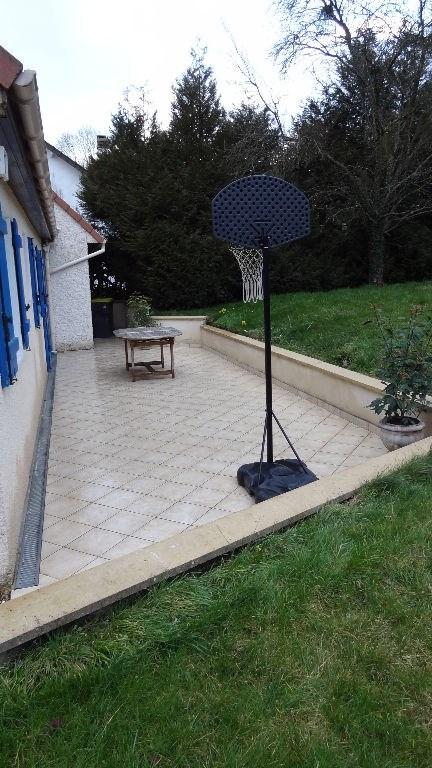 Sale house / villa Pommeuse 260000€ - Picture 7