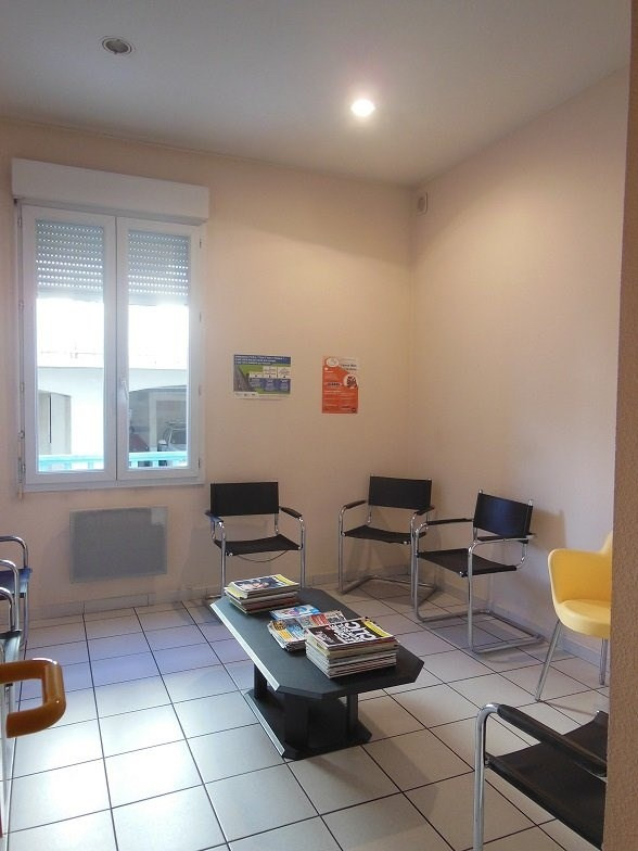 Sale office Tarbes 106 500€ - Picture 1