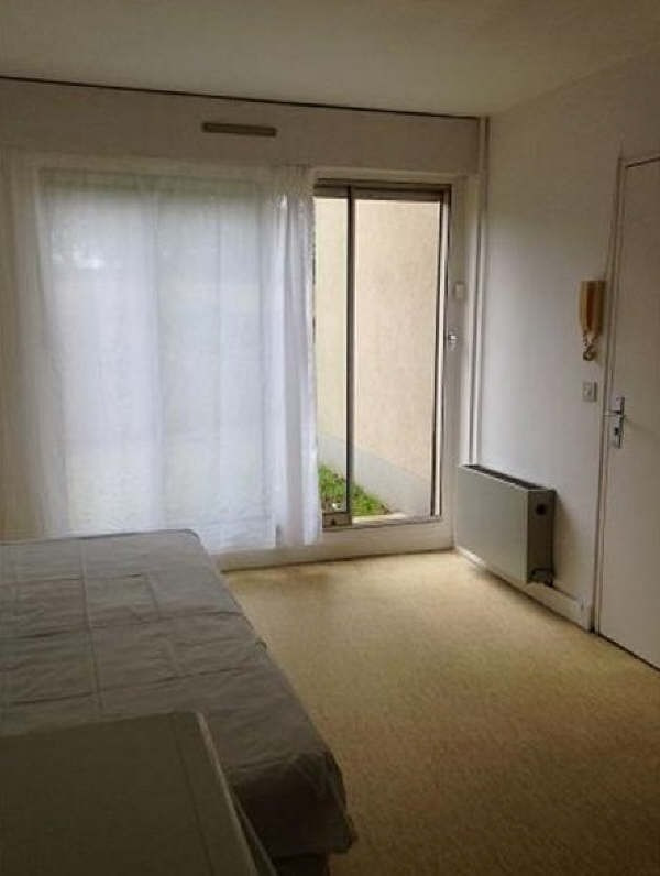 Location appartement Maurepas 344€ CC - Photo 2