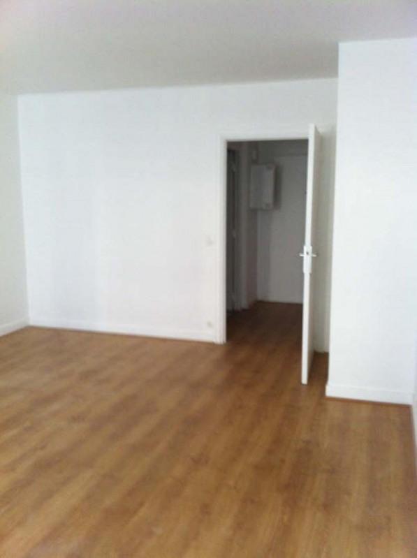 Rental apartment Paris 16ème 1600€ CC - Picture 11