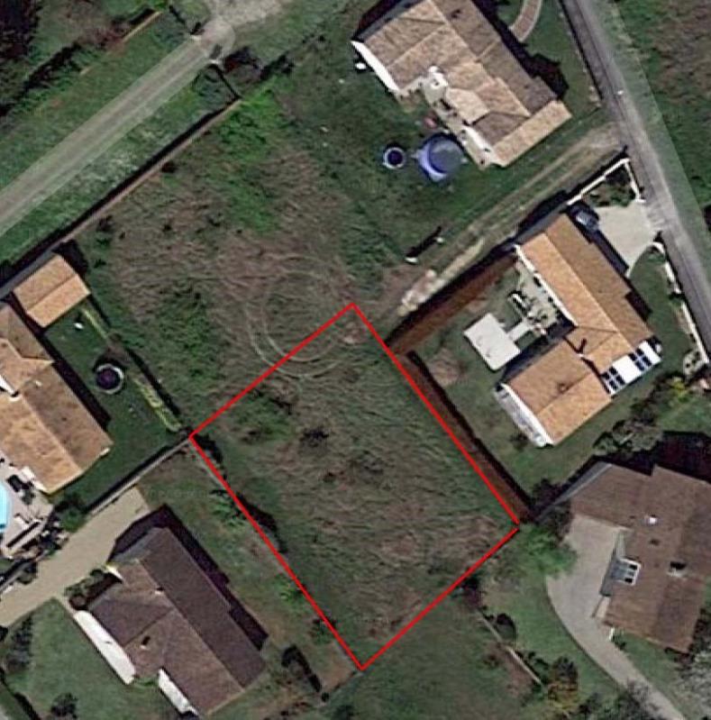 Vente terrain Saint jean d'angély 37830€ - Photo 1