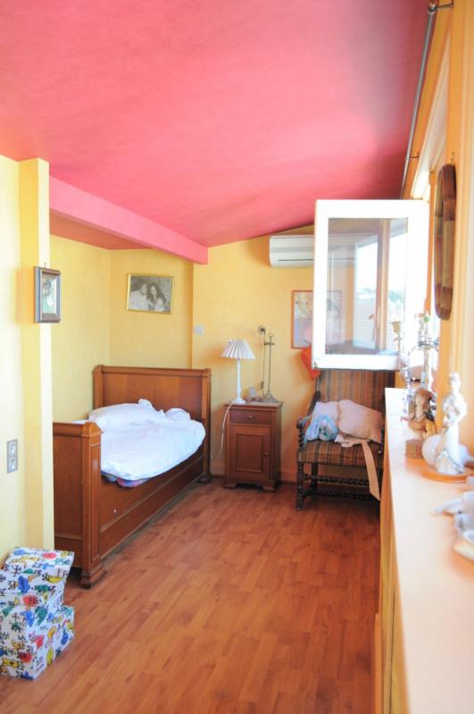 Sale house / villa Villemomble 625000€ - Picture 12