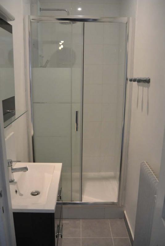 Rental apartment Clichy 1060€ CC - Picture 3