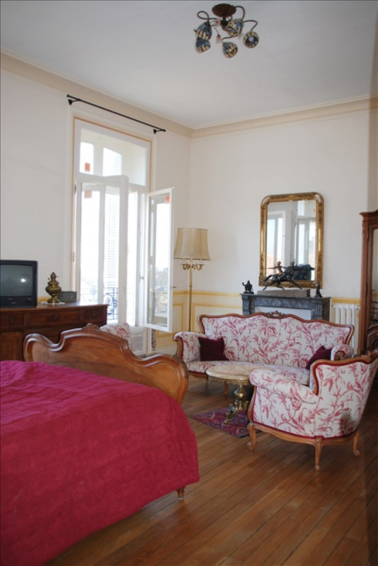 Sale house / villa Parthenay 425 000€ - Picture 4