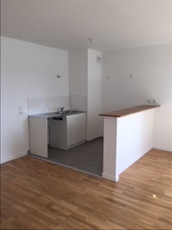 Rental apartment Creteil 765€ CC - Picture 2