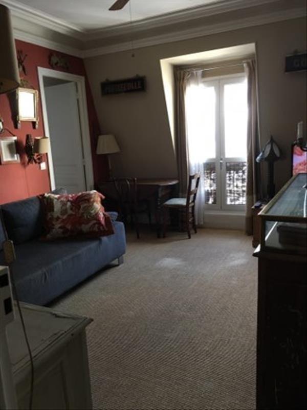 Sale apartment Paris 10ème 415000€ - Picture 2