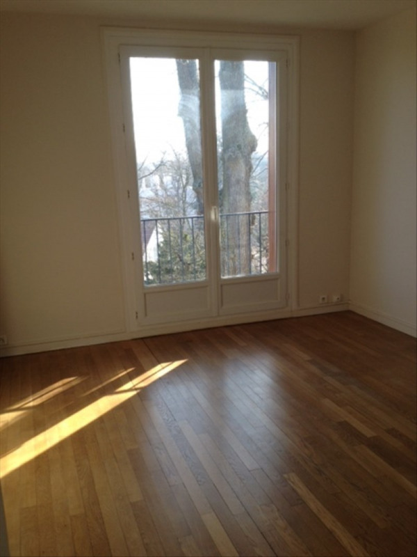 Rental apartment Marly le roi 1 031€ CC - Picture 5